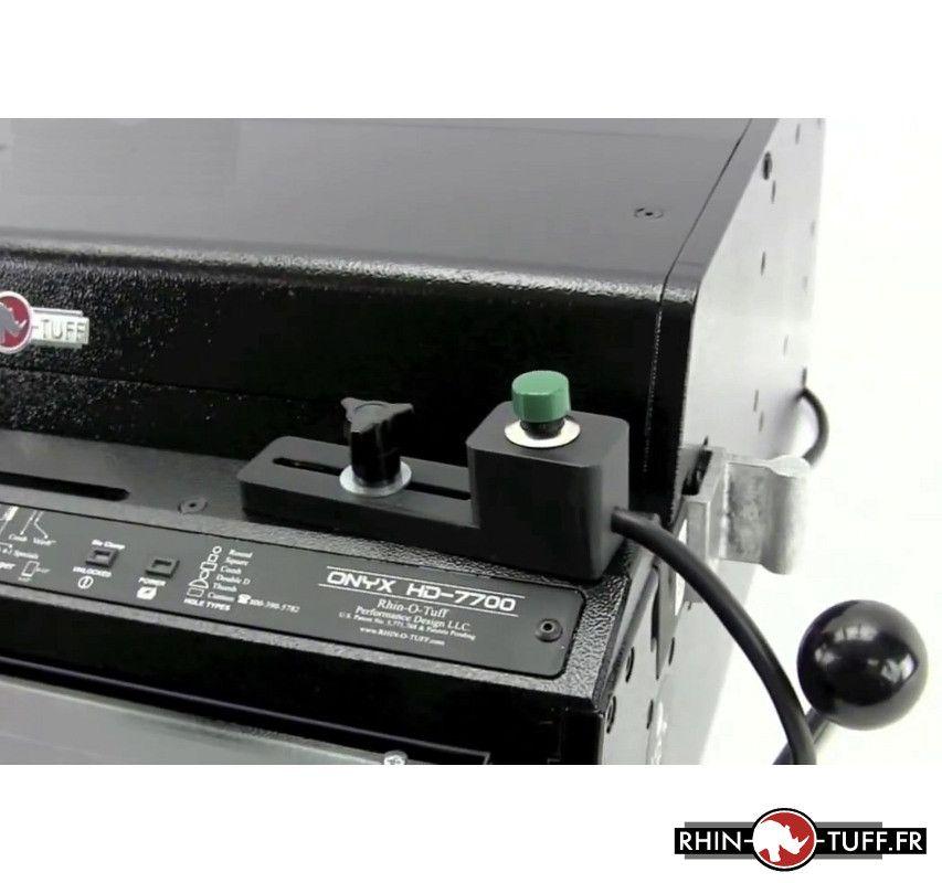 Déclenchement de la perforation par bouton sur le perforateur électrique Onyx HD7700 Ultima